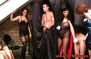 Cliente seduce masajista pelirroja para follar en salón de masajes pornolatinas