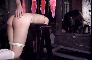 Lesbiana cachonda ama masajear a su amante porno online latino